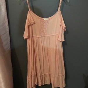Light pink dress with cut out shoulders